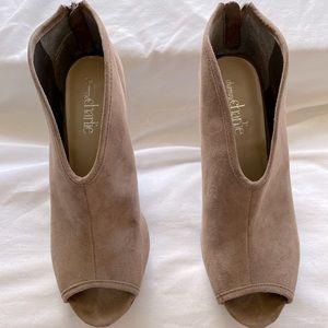 Stylish, tan, faux suede peep toe heels!